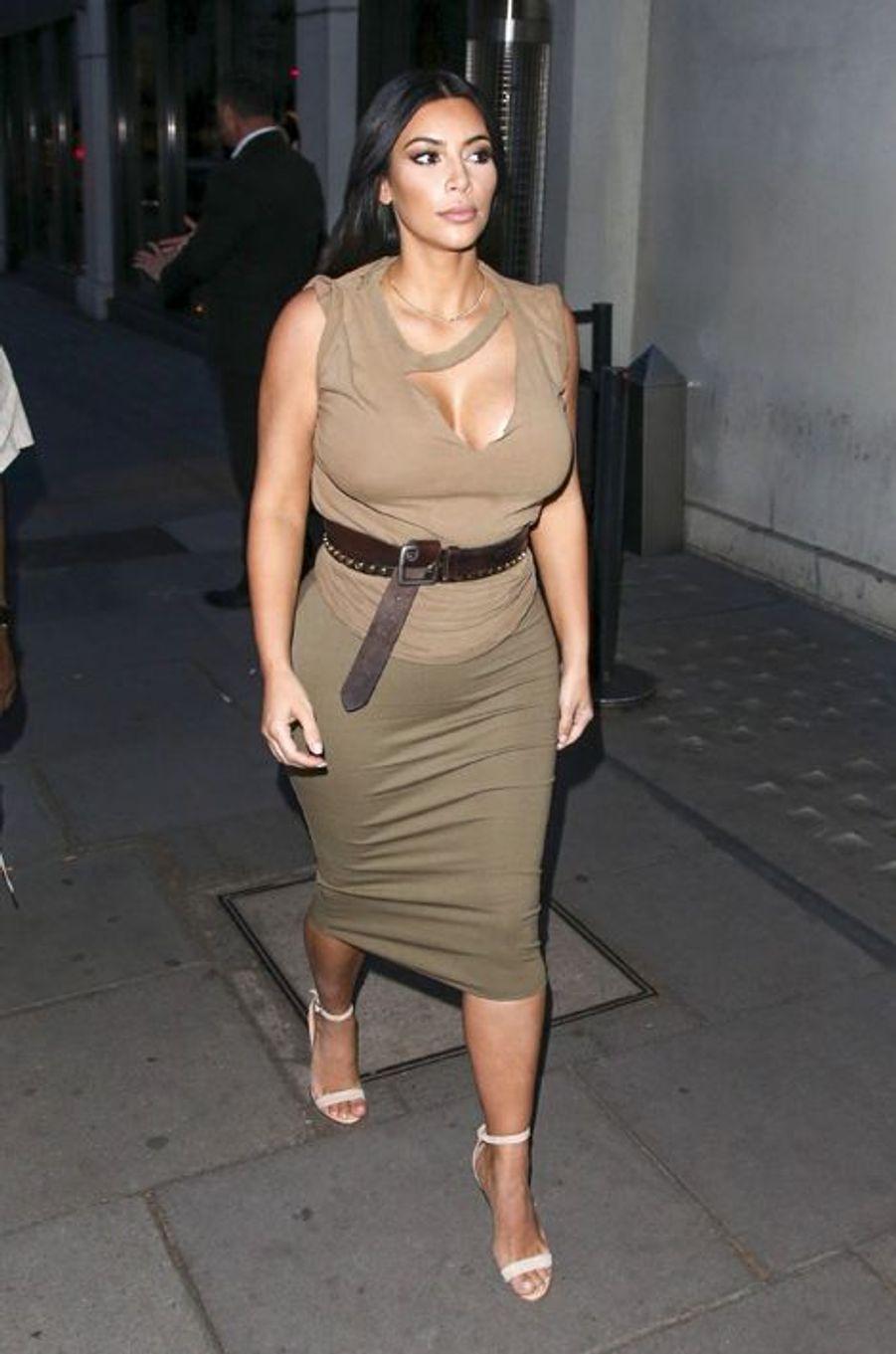 Kim Kardashian à Londres le 25 juin 2015