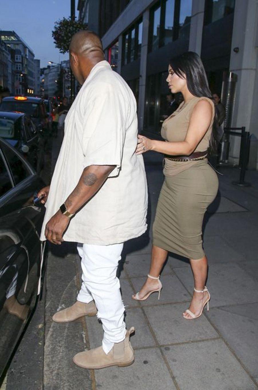 Kim Kardashian et Kanye West à Londres le 25 juin 2015