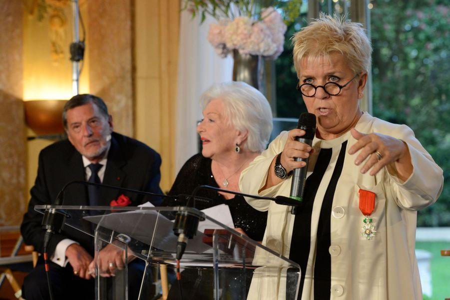 Mimie Mathy prononce un discours