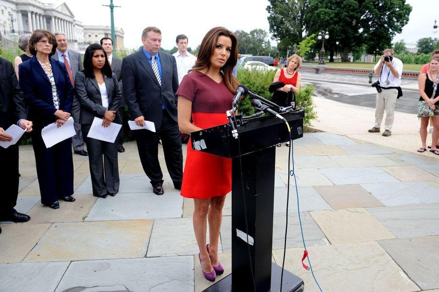 Eva Longoria défend la réforme sur le travail des enfants à Washington en juin 2011