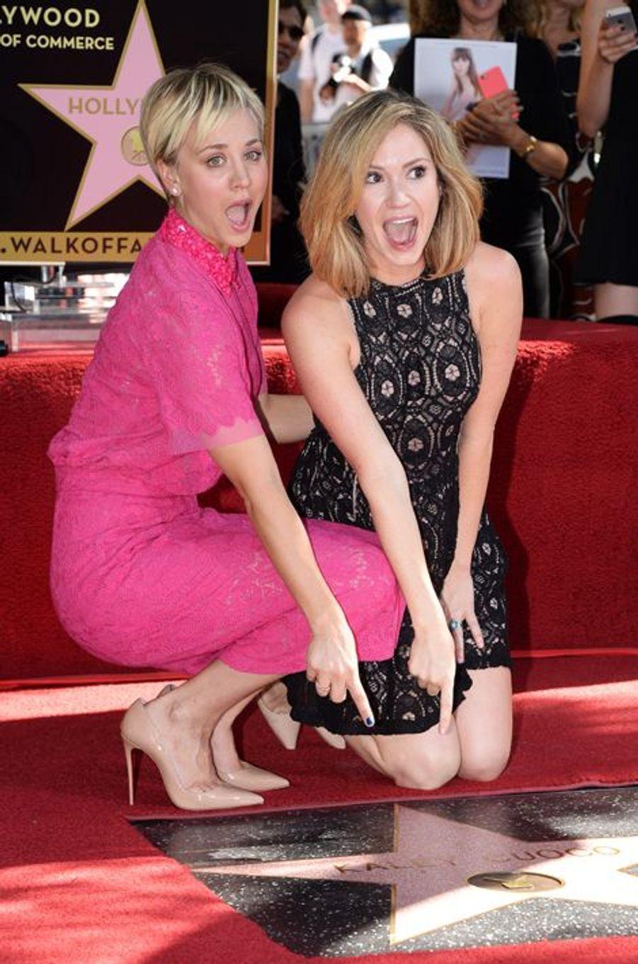 Kaley Cuoco et son amie, l'actrice Ashley Jones, à Los Angeles le 29 octobre 2014