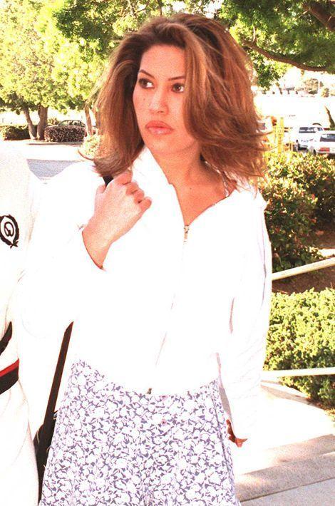Brittany Ashland. En 1997, cette actrice avait porté plainte contre lui pour coups et blessures.