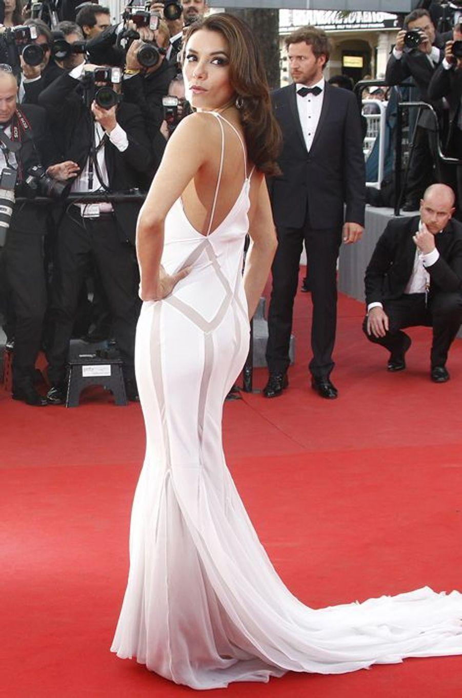 """En robe Emilio Pucci à l'avant-première du film """"De rouille et d'os"""", le 17 mai 2012 à Cannes"""