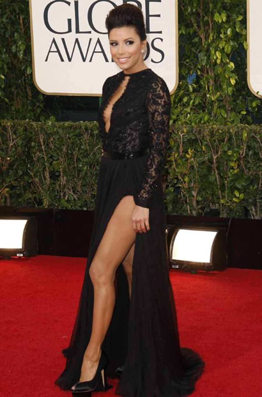 """En robe Emilio Pucci à la 70e édition des """"Golden Globes Awards"""", le 13 janvier 2013 à Los Angeles"""