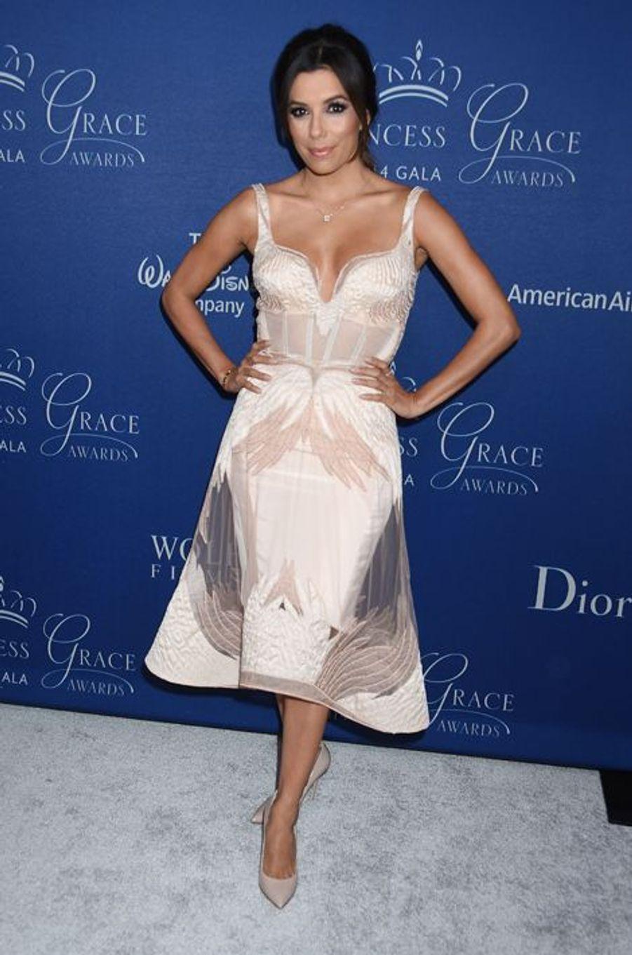 "En robe Gabriela Cadena au gala ""Princess Grace Awards"", organisé le 8 octobre 2014 à Los Angeles"
