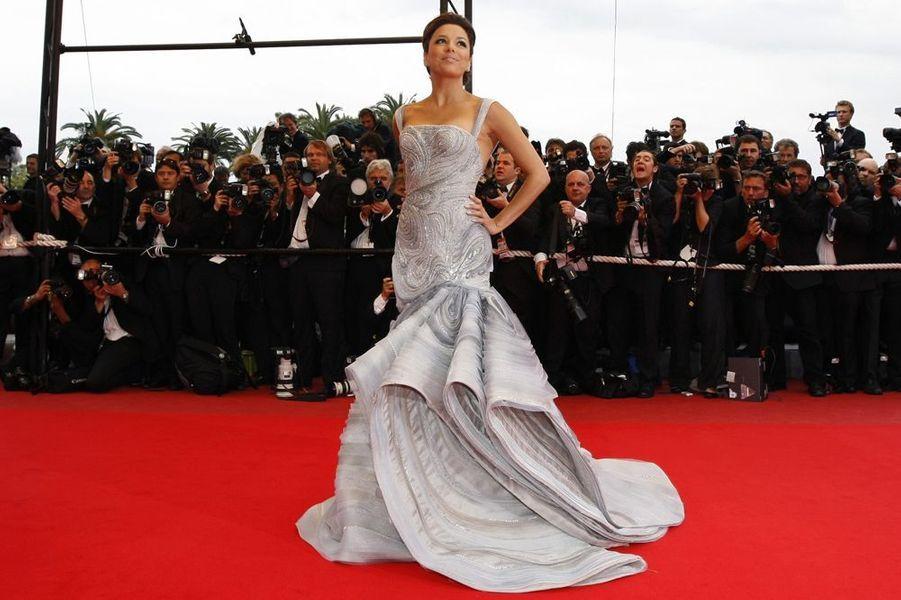 """En robe Versace à l'avant-première du film """"Bright Star"""", le 15 mai 2009 à Cannes"""