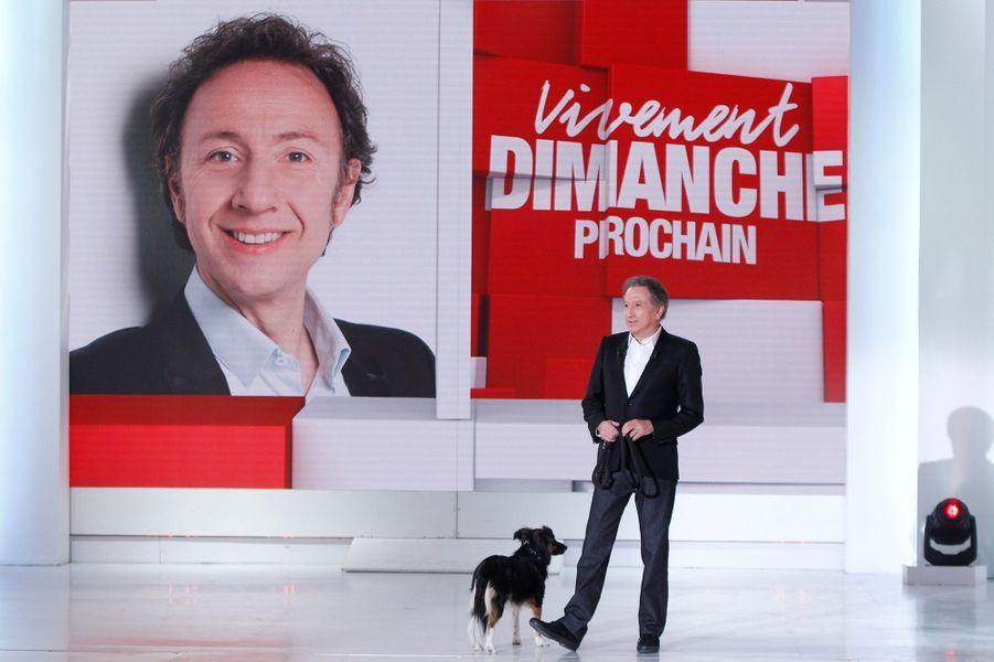 """Michel Drucker lors de l'enregistrement de """"Vivement Dimanche"""" Stéphane Bern, le 18 février 2015"""