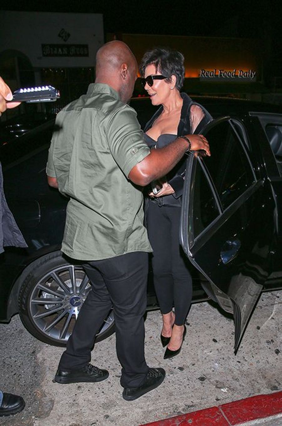 Kris Jenner et son petit ami Corey Gamble à Los Angeles le 9 août 2015