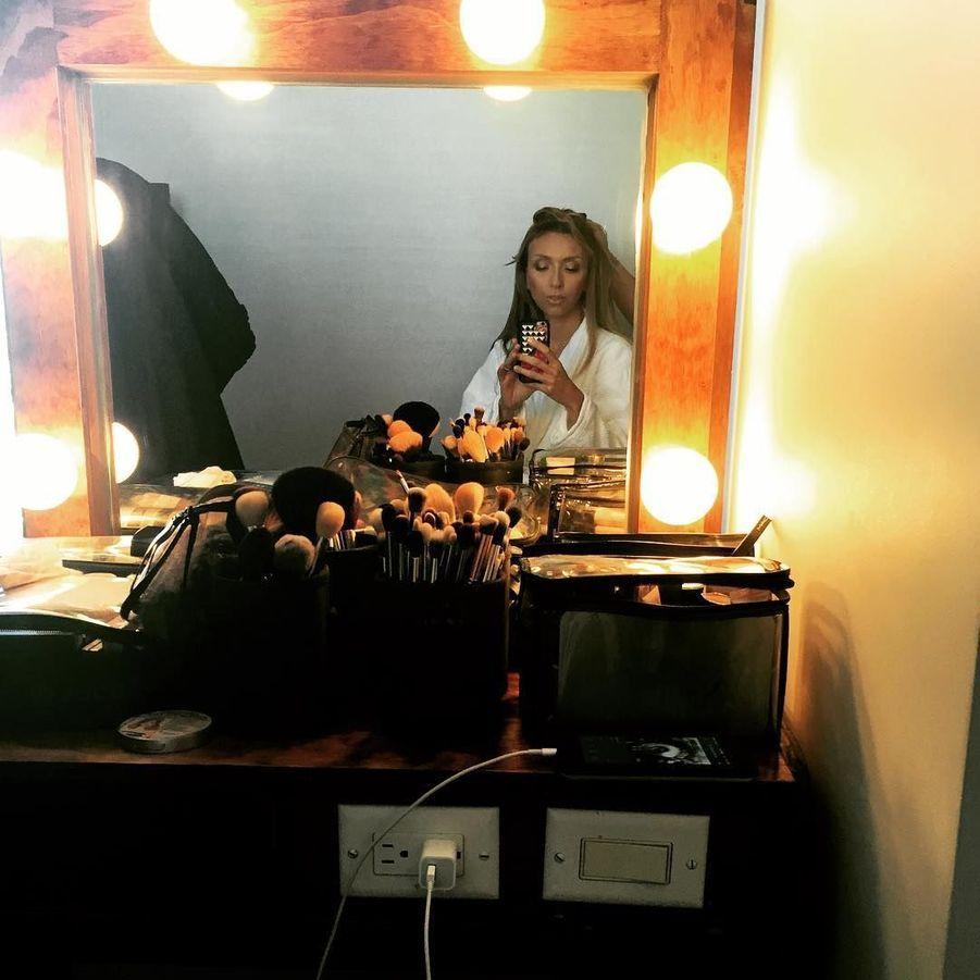 """La """"Fashion Police"""" Giuliana Rancic se prépare pour les Emmys."""