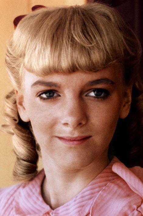 Elle jouait Nellie, enfant gâtée et véritable peste. Une image qui lui colle encore à la peau, à tel point qu'en 2006, elle est montée sur scène pour présenter son spectacle «Confessions d'une garce de la prairie», proposé dans de nombreuses communes françaises. Elle a également joué dans le film, «Le Deal», de Jean-Pierre Mocky, en 2007.