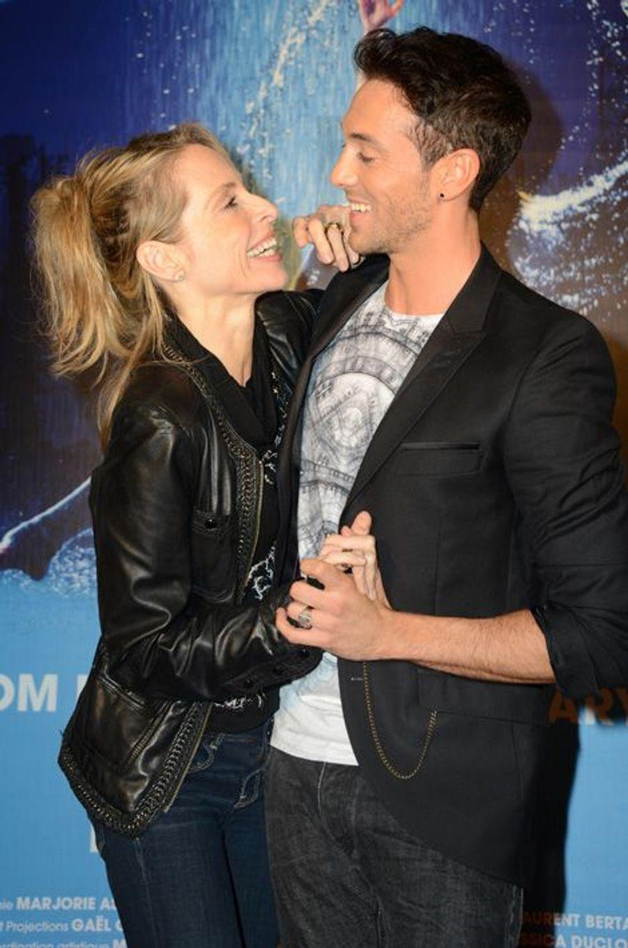 Tonya Kinzinger et Maxime Dereymez à l'avant-première de la comédie musicale Flashdance, 2014
