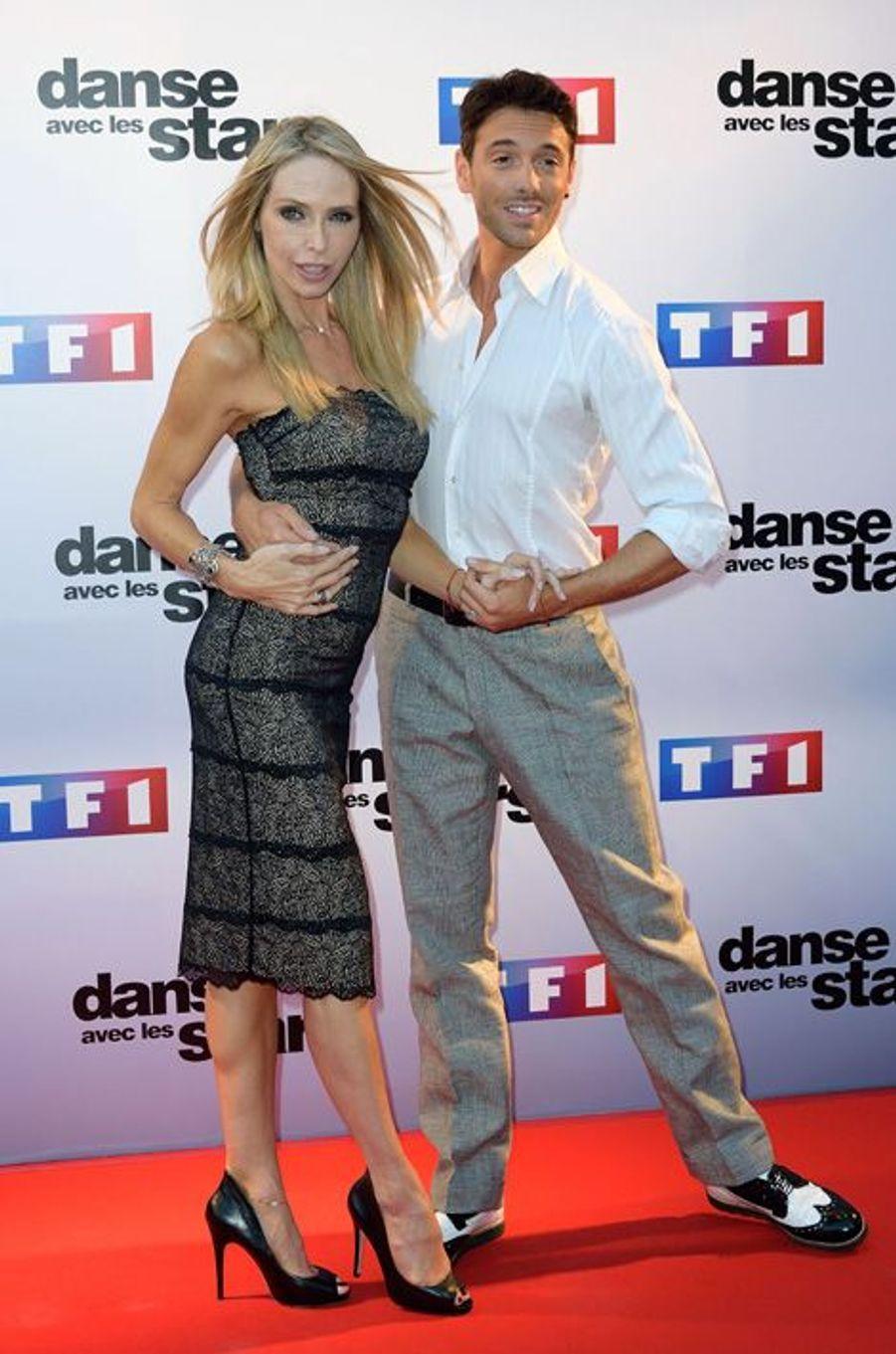 Tonya Kinzinger et Maxime Dereymez lors de la conférence de presse de Danse avec les stars 5, 2014