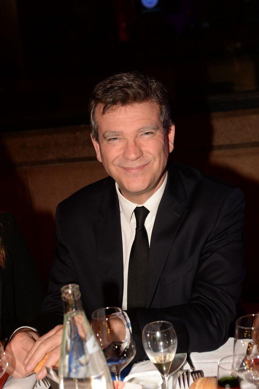 """Arnaud Montebourgà la 9ème édition du gala de l'association """"Sauveteurs Sans Frontières"""" au palais d'Iéna à Paris le 25 mars 2019"""