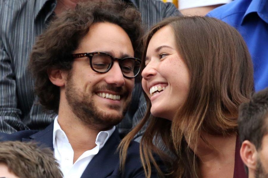 Thomas Hollande et Emilie dans les tribunes de Roland Garros, le 28 mai 2016.