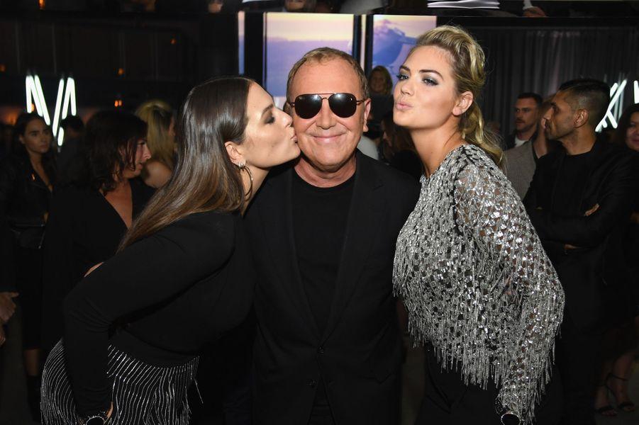 Ashley Graham, Michael Kros et Kate Uptonau défilé Michael Kros à la Fashion Week de New York, le 13 septembre 2017.