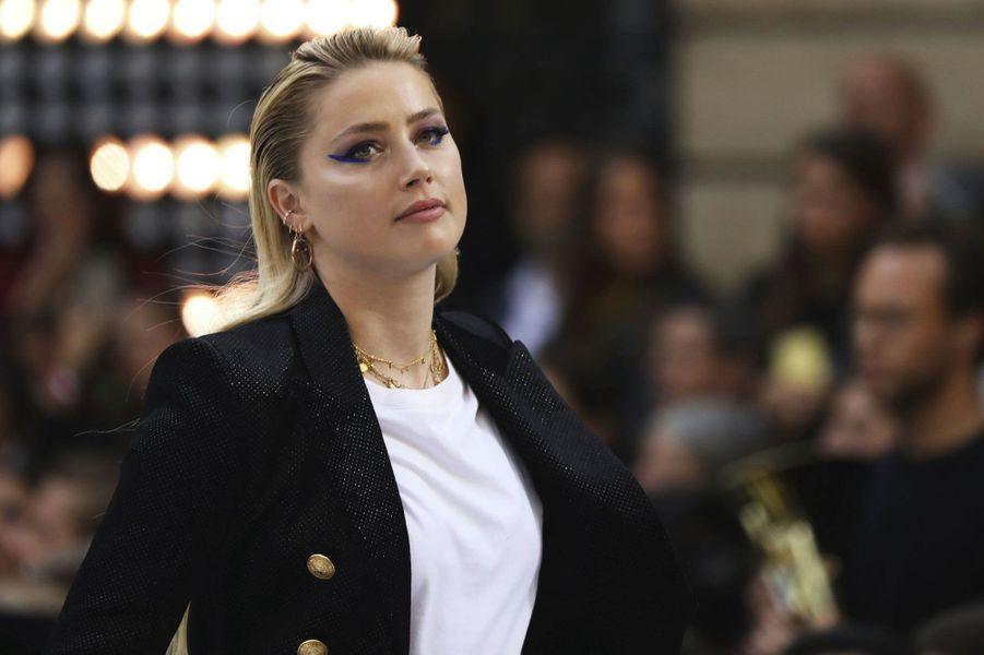 Amber Heard sur le podium L'Oréal