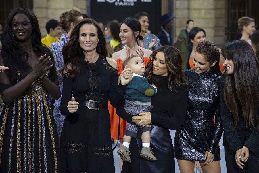 Andie MacDowell, Eva Longoria et son fils Santiago, Cheryl Cole et Camila Cabello