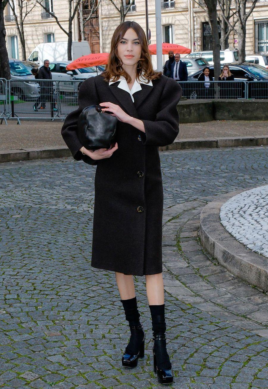 Alexa Chungau défilé prêt-à-porter automne-hiver 2020-2021 Miu Miu à Paris le 3 mars 2020.