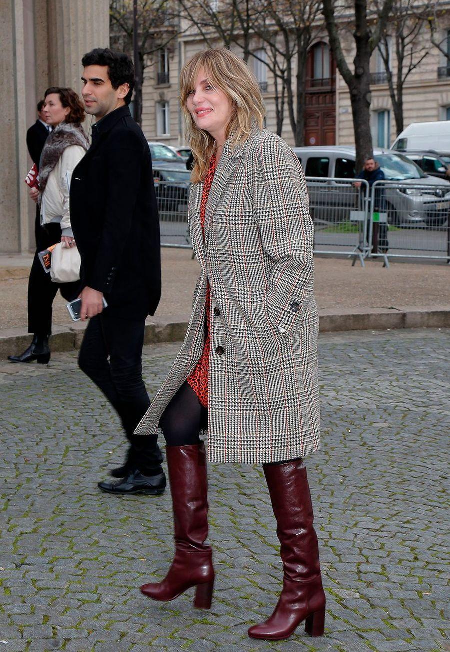 Emmanuelle Seignerau défilé prêt-à-porter automne-hiver 2020-2021 Miu Miu à Paris le 3 mars 2020.