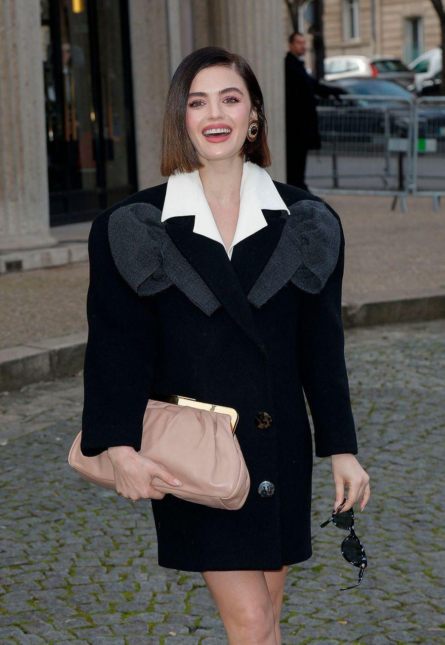 Lucy Hale au défilé prêt-à-porter automne-hiver 2020-2021 Miu Miu à Paris le 3 mars 2020.