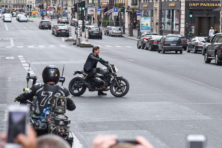 Tom Cruise dans le quartier de l'Opéra.