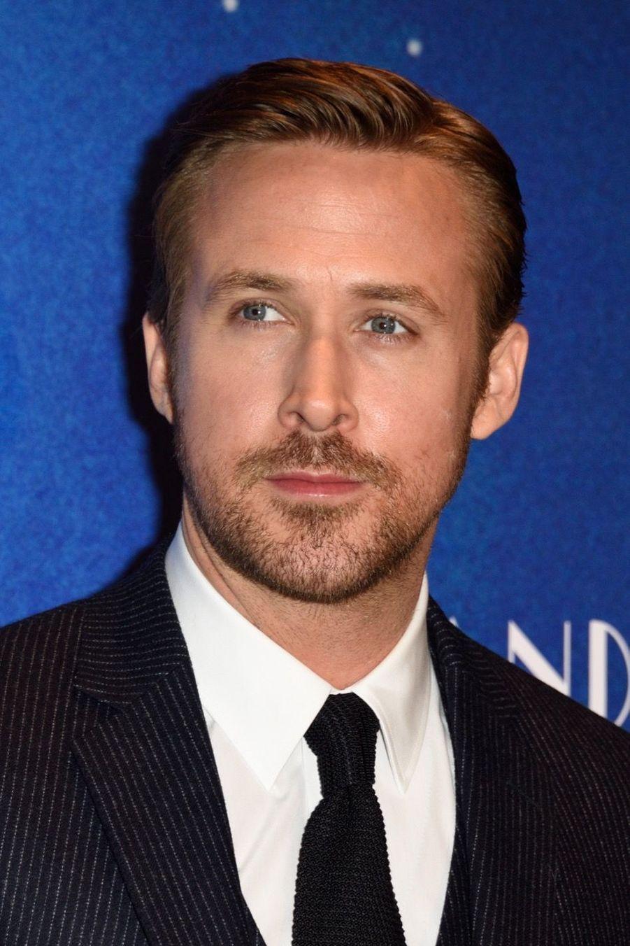 """Ryan Gosling lors de l'avant-première de """"La La Land"""" à Paris."""