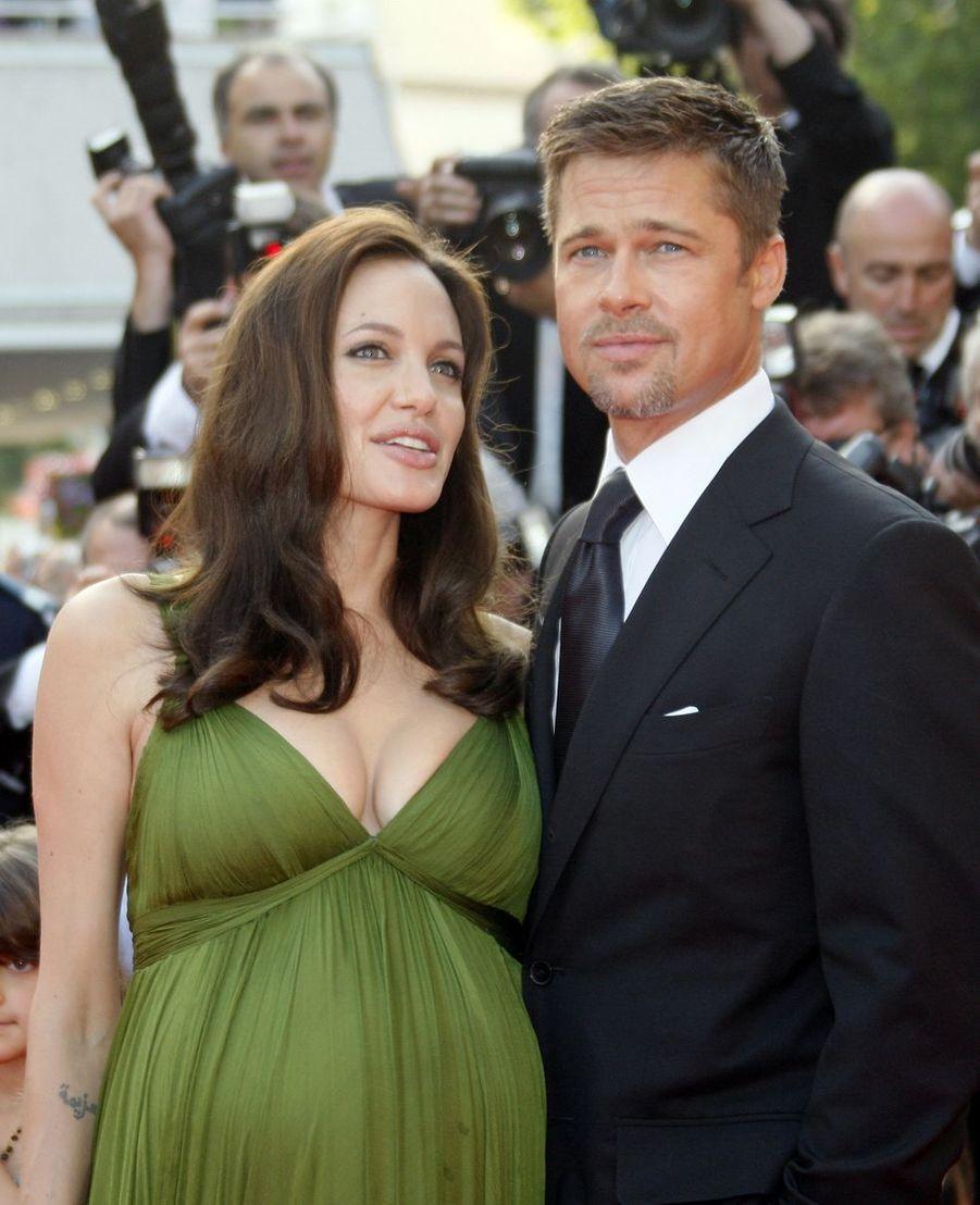 Brad Pitt et Angelina Jolie lors de la montée des marches du film «Kung Fu Panda» au Festival de Cannes le 15 mai 2008