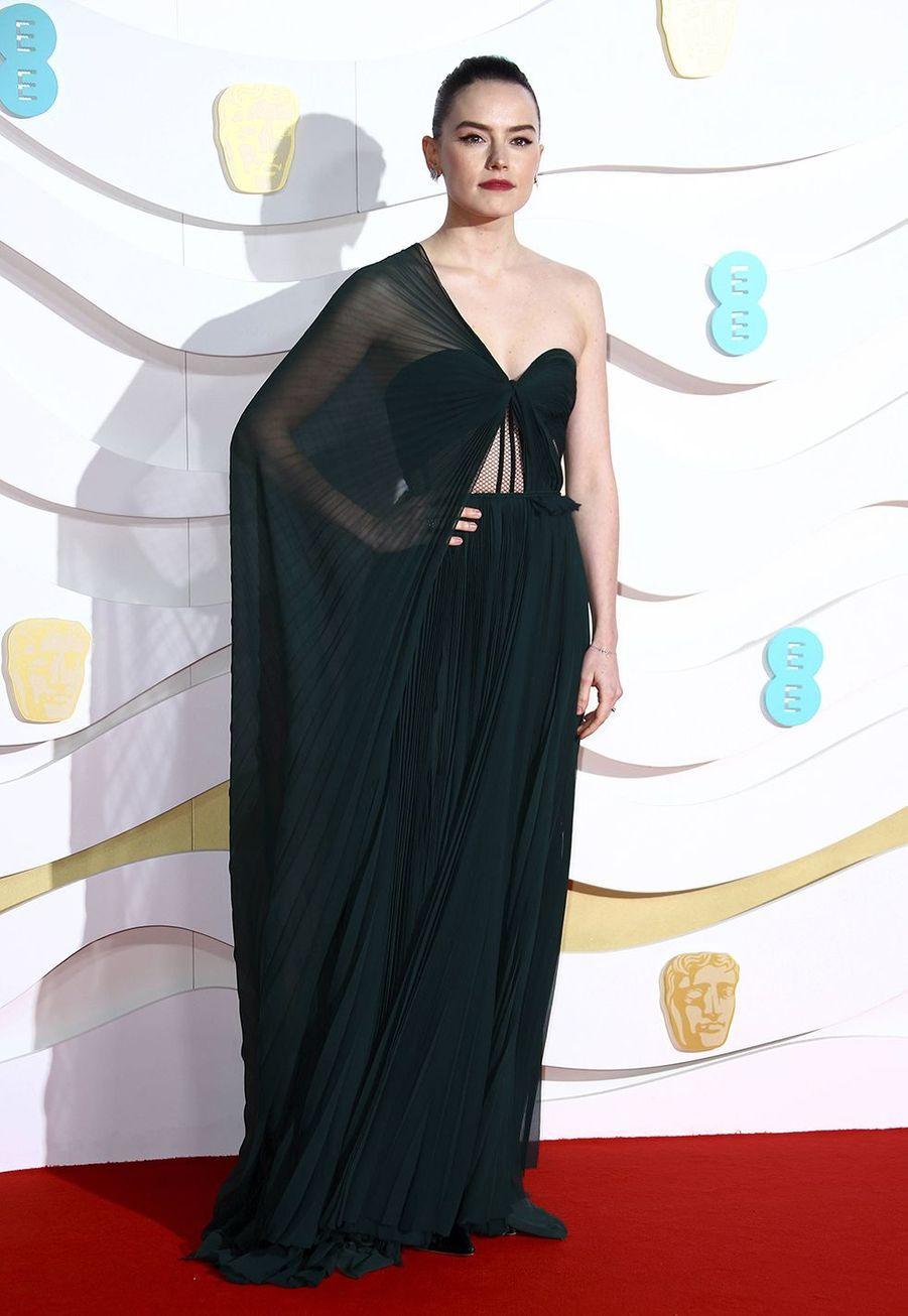 Daisy Ridley (en robe Oscar de la Renta)à la73e cérémonie des British Academy Film Awards à Londres le 2 février 2020