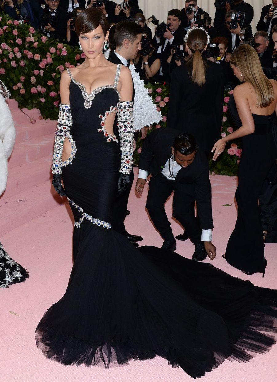 Bella Hadidau MET Gala à New York le 6 mai 2019