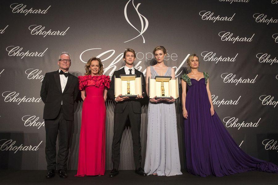 Les lauréats avec Diane Kruger et Caroline Scheufele à la soirée du Trophée Chopard, le 14 mai 2018.