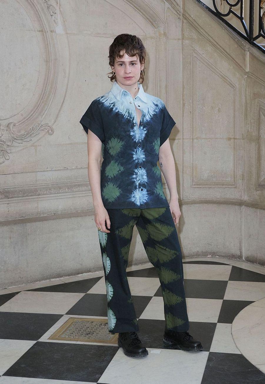 Christine and the Queenslors du défilé DiorHaute Couture printemps-été 2020, qui a eu lieu au Musée Rodin lundi 20 janvier 2020.