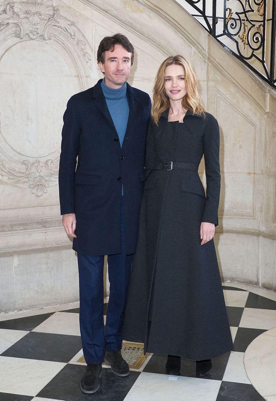 Natalia Vodianova et son fiancé Antoine Arnaultlors du défilé DiorHaute Couture printemps-été 2020, qui a eu lieu au Musée Rodin lundi 20 janvier 2020.