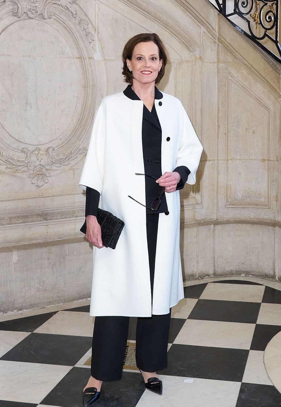 Sigourney Weaverlors du défilé DiorHaute Couture printemps-été 2020, qui a eu lieu au Musée Rodin lundi 20 janvier 2020.