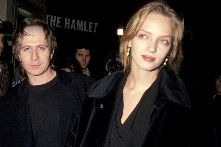 Uma Thurman avec son mari d'alors, l'acteur Gary Oldman, à Los Angeles en 1992