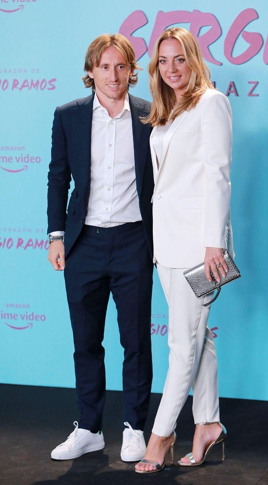 Luka Modrić et sa compagneVanja Bosnicà la première de«El Corazon de Sergio Ramos», à Madrid