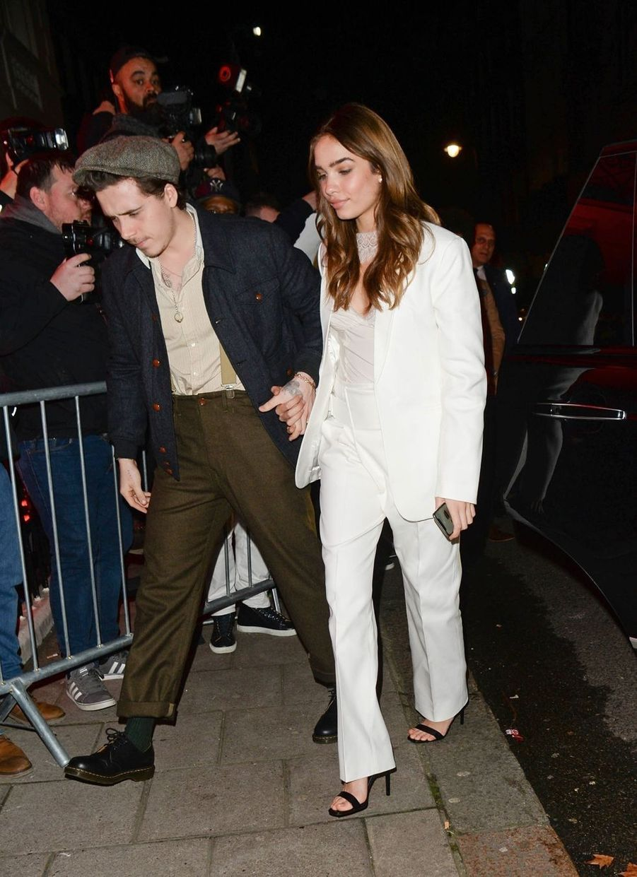 Brooklyn Beckham et sa compagne Hana Cross se rendent au club Mark's à Londres le 17 février 2019.
