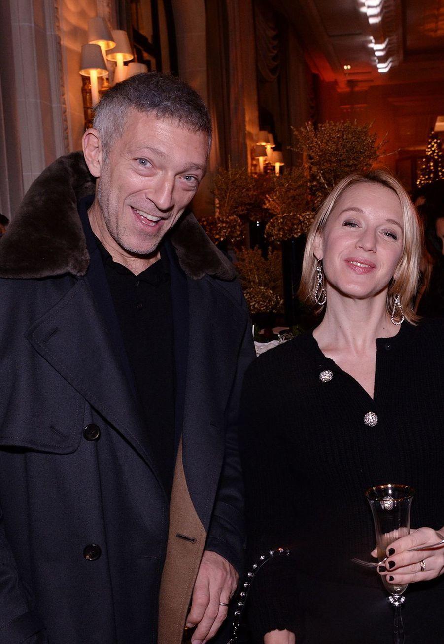 Vincent Cassel et Ludivine Sagnierau Four Seasons Hotel George V à Paris le 7 décembre 2019