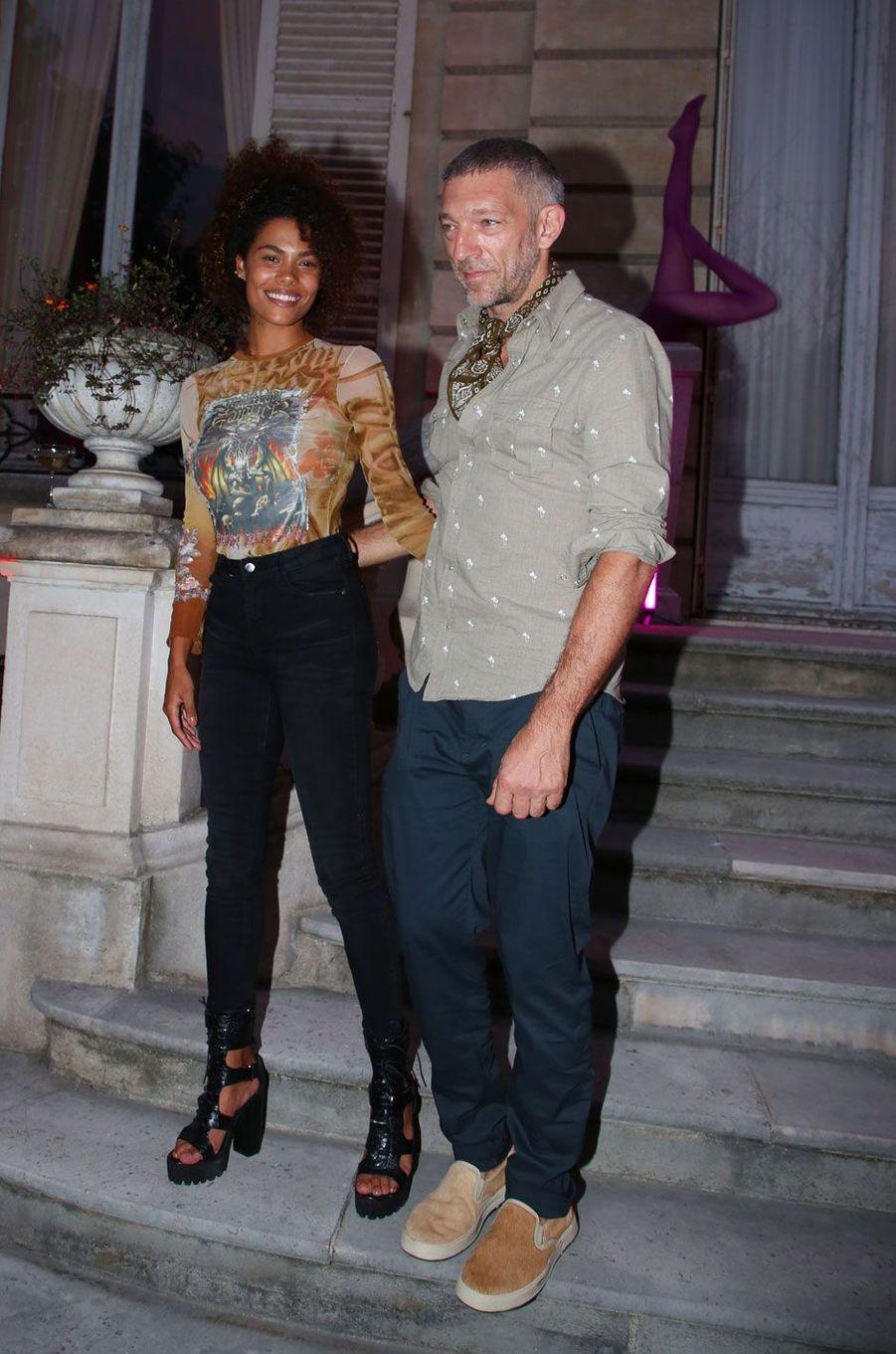 Vincent Cassel et Tina Kunakey à la soirée Jean Paul Gaultier à Paris le 4 juillet 2018