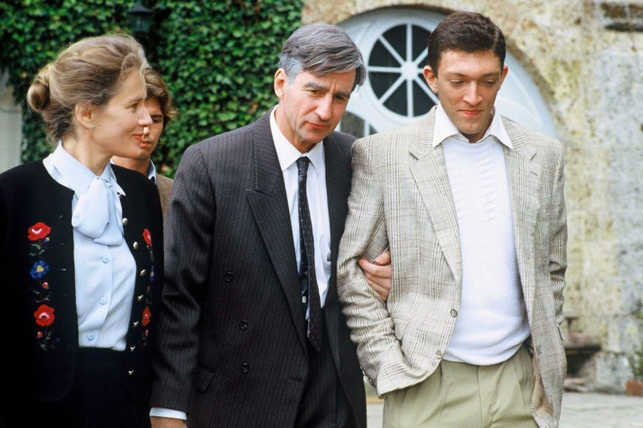Vincent Cassel, avec Sam Waterston et Dominique Sanda, en 1990