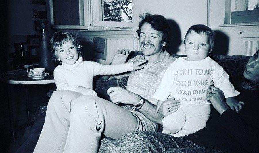 Vincent Cassel, avec son père et son frère, quand il était enfant