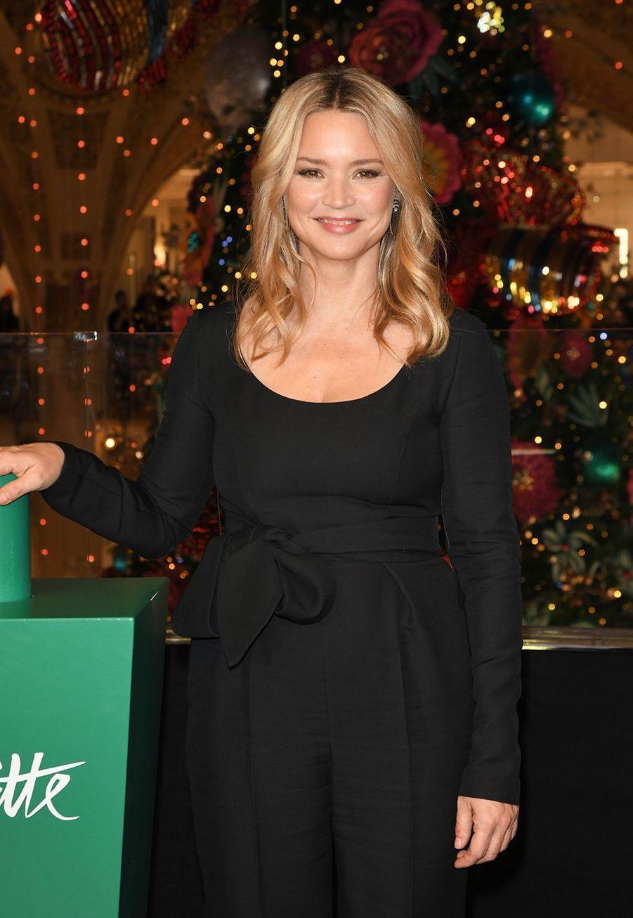 Virginie Efira lors de l'inauguration dugrand sapin et des vitrines de Noël aux Galeries Lafayette Haussmann à Paris, le 20 novembre 2019.