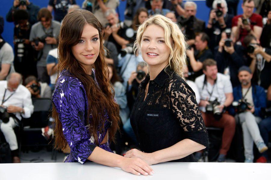 Adèle Exarchopoulos et Virginie Efira au Festival de Cannes le 25 mai.