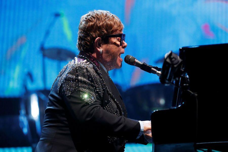 Elton John assistera le 16 mai à la projection de «Rocketman» le biopic qui lui ait consacré.