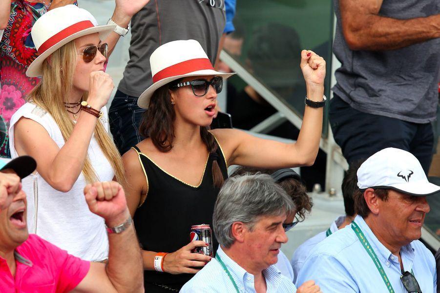 Xisca Perello et la soeur de Rafael Nadal, Maria Isabel, à Roland Garros en juin 2014