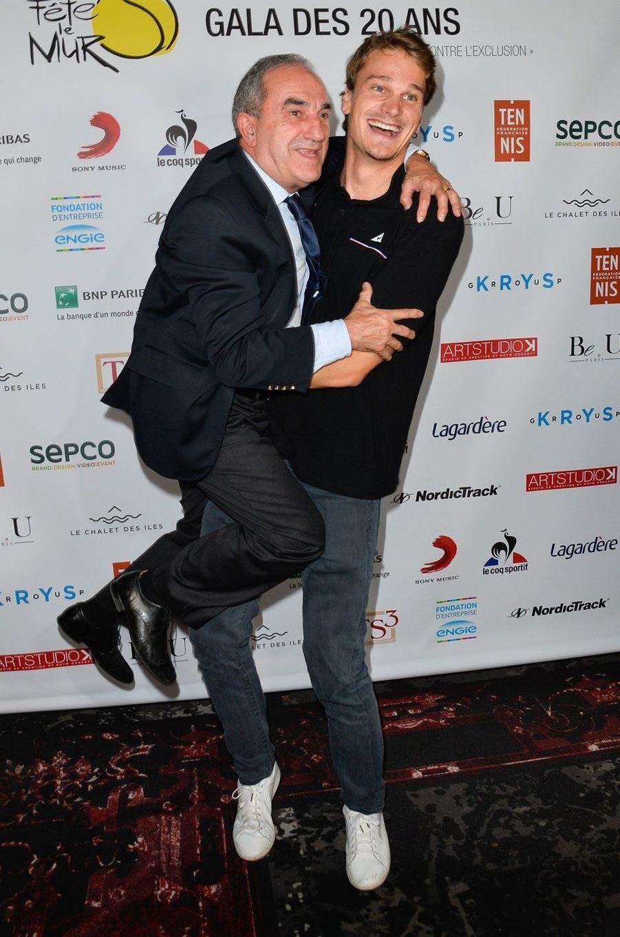 Yannick Agnel et Jean Gachassin