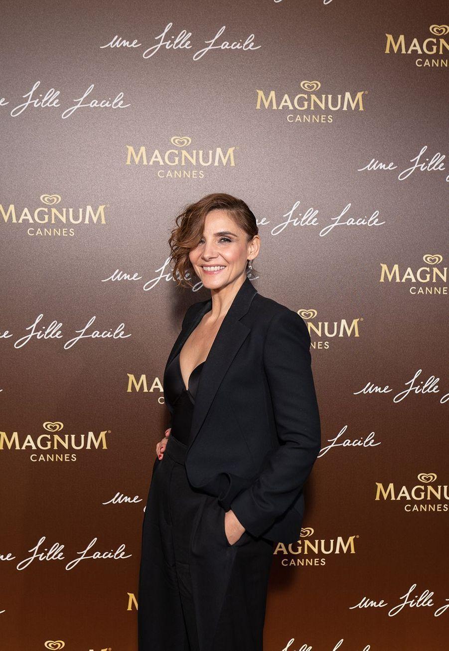 Clotilde Courauà la soirée du film «Une fille facile» sur la plage Magnum lors du 72e Festival de Cannes le 20 mai 2019