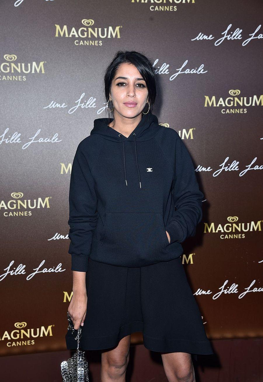 Leïla Bekhtià la soirée du film «Une fille facile» sur la plage Magnum lors du 72e Festival de Cannes le 20 mai 2019