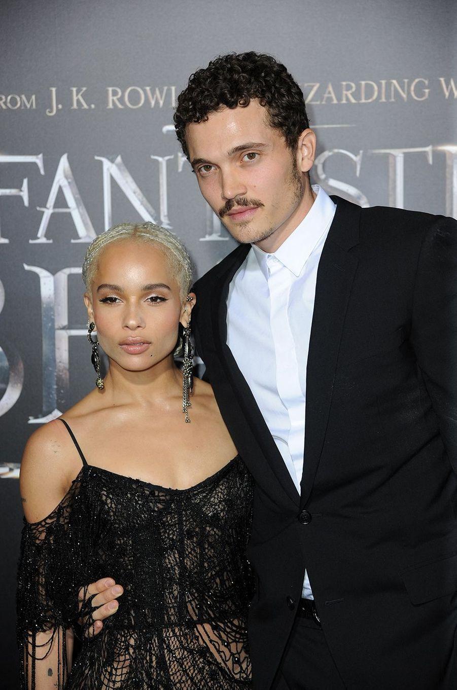 Zoë Kravitz et Karl Glusman à la première du film «Les Animaux Fantastiques» à New York en novembre 2016