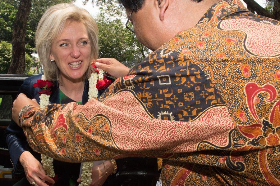La princesse Astrid de Belgique dans le jardin botanique de Bogor, le 16 mars 2016