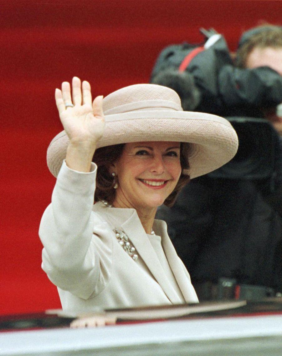 La reine Silvia de Suède, à Bruxelles le 4 décembre 1999